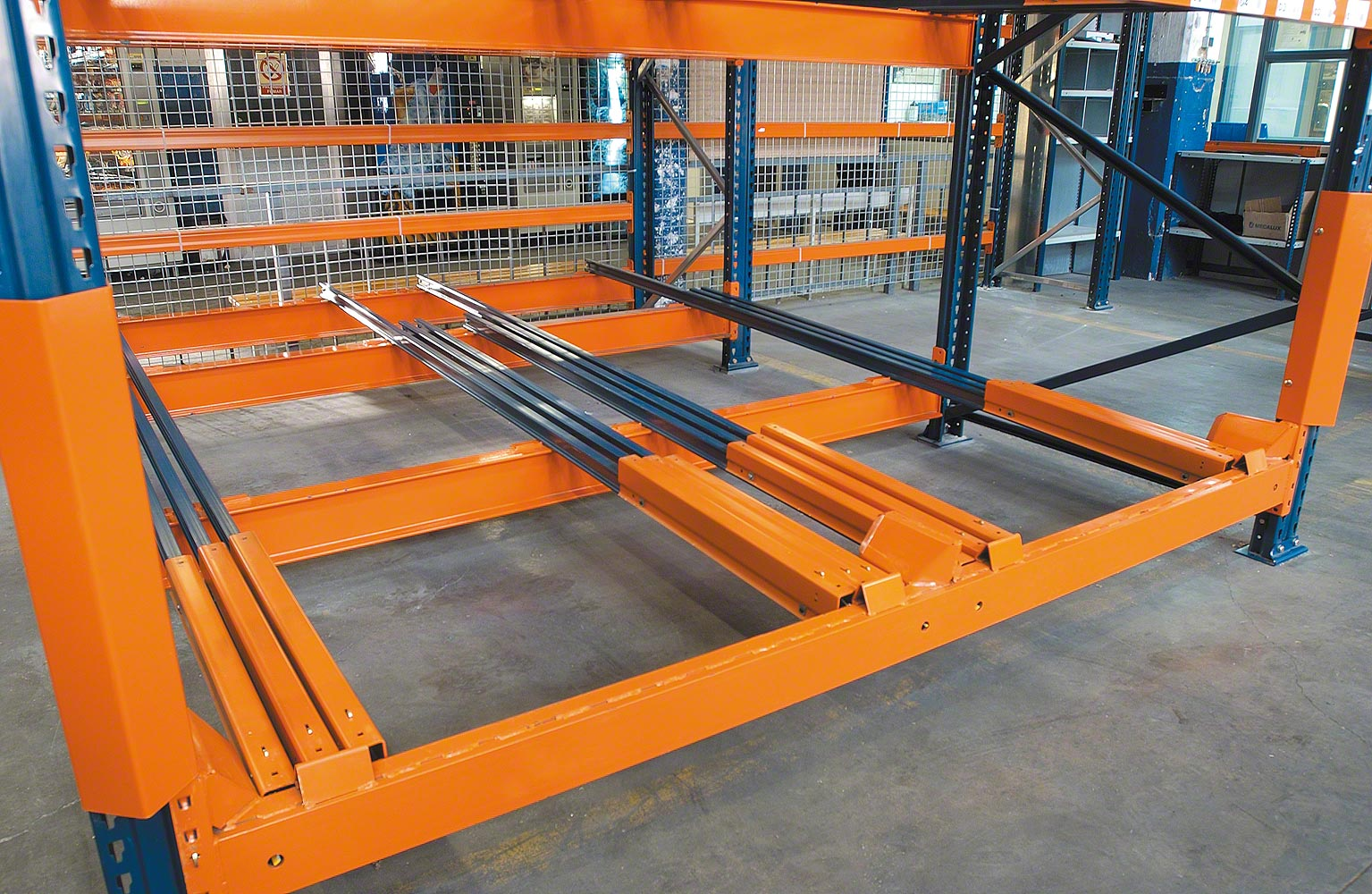 Push Back Pallet Rack